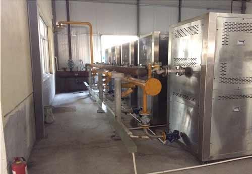 四川郫县某豆瓣公司安装6台蒸汽热源机