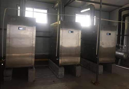 四川某食品公司购置3台蒸汽热源机