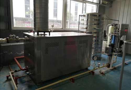 四川某服装制品公司购入1台蒸汽热源机